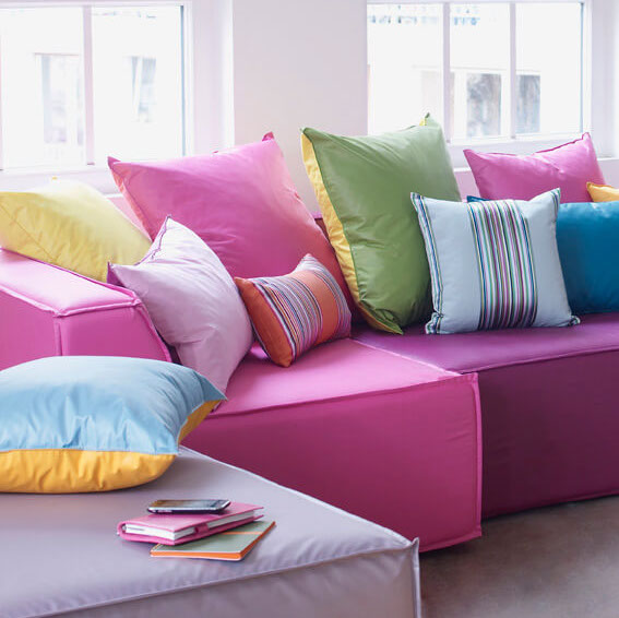 polsterstoffe f r lieblingsst cke wie stuhl und sofa. Black Bedroom Furniture Sets. Home Design Ideas